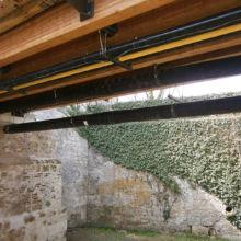 Nahaufnahme einer erstellten Wasserleitung an einer Burg durch die Fa. Andreas Bauer GmbH