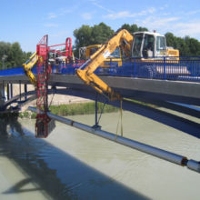 Erstellung einer Wasserleitung unter einer Brücke