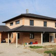 Modernes Einfamilienhaus in der Rohbauphase