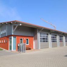 Hof mit Geberbebauten erstellt durch die Fa. Andreas Bauer GmbH aus einem anderen Blickwinkel
