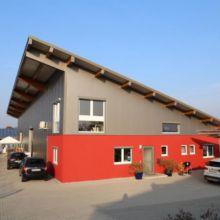 Interessanter Gewerbebau erstellt durch die Fa. Andreas Bauer GmbH
