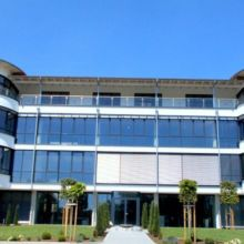 Modernes Geschäftshaus erstellt durch die Fa. Andreas Bauer GmbH